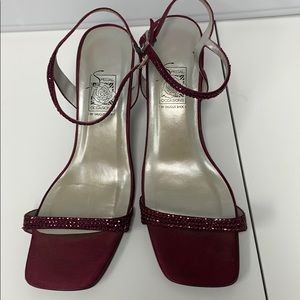 Saugus shoes Burgundy sandal with sequin straps 8M